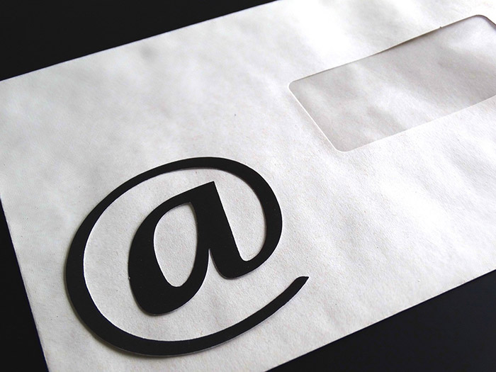 How to Construct the Perfect Email Signature